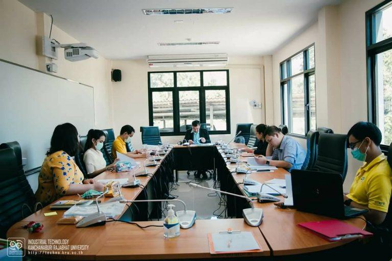 อ.นรภัทร สถานสถิตย์ ตรวจประเมินประกันคุณภาพการศึกษา ระดับหลักสูตร 2562 สาขาวิชาการจัดการโลจิสติกส์ มหาวิทยาลัยราชภัฏกาญจนบุรี