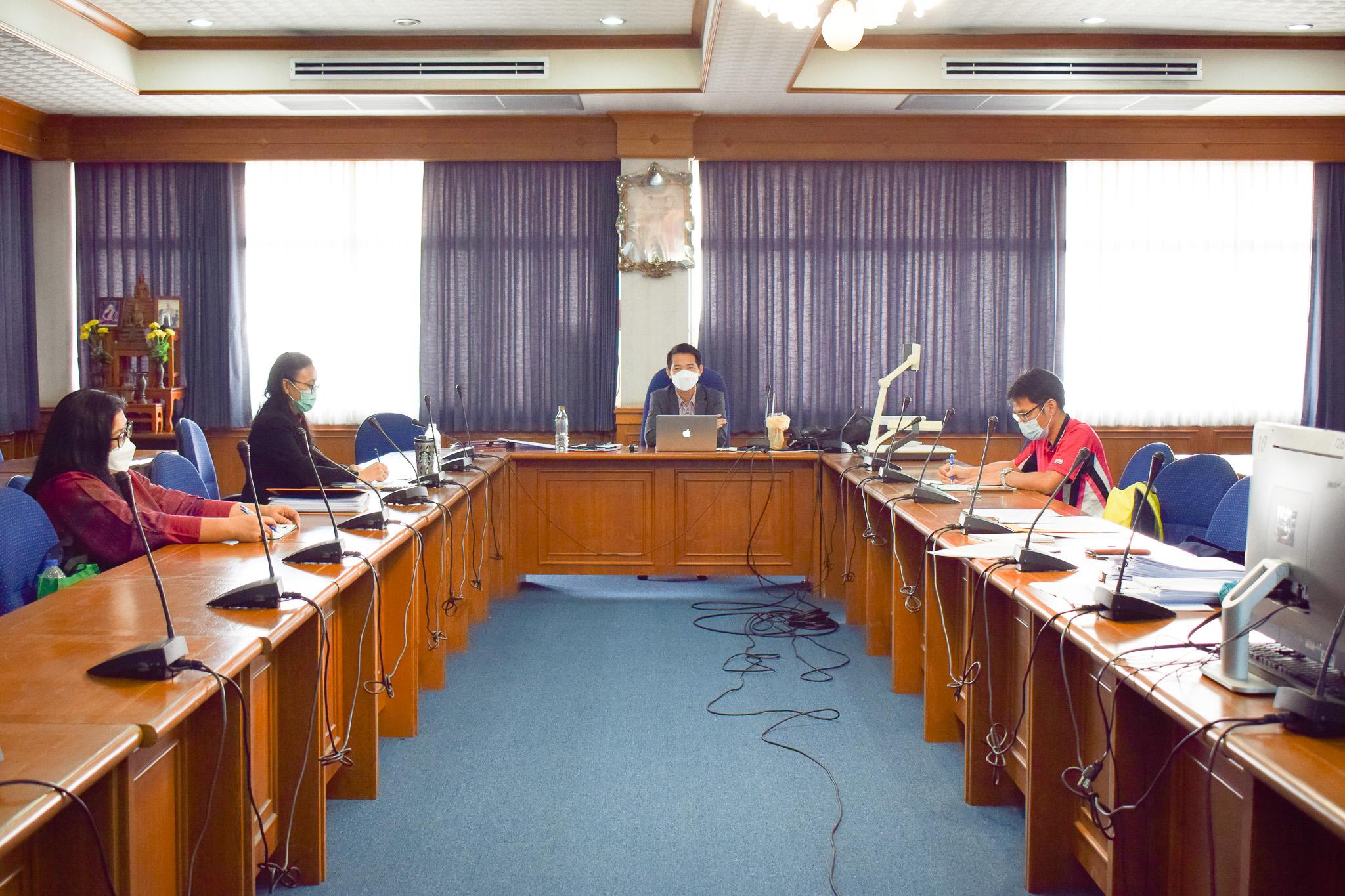 การประชุมคณะกรรมการประเมินผลปฏิบัติราชการเพื่อเลื่อนเงินเดือนบุคลากรคณะวิทยาการจัดการ